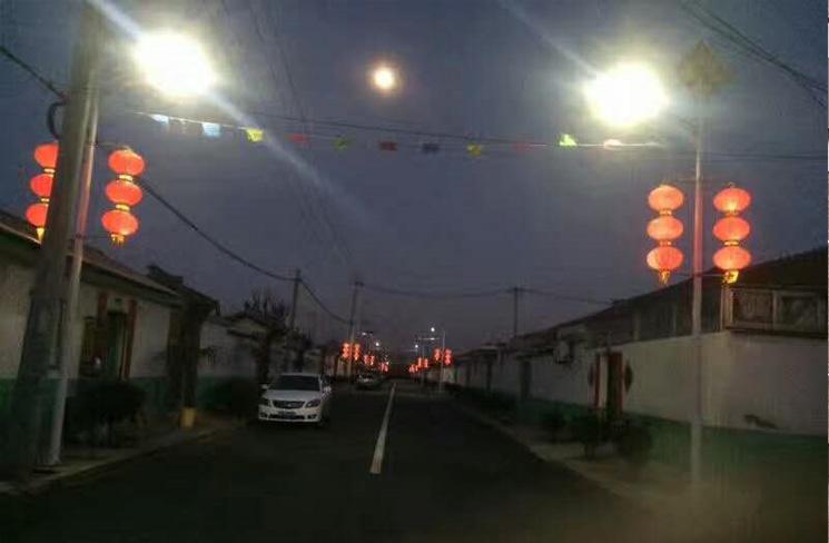 道路太阳能路灯安装案例