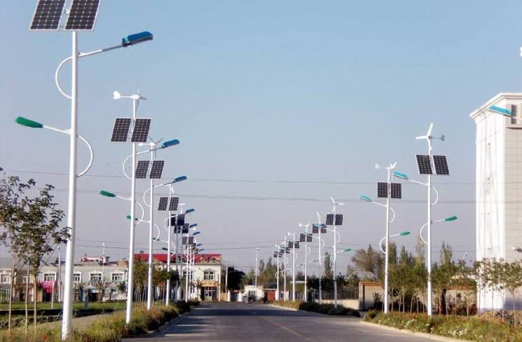 道路太阳能路灯案例